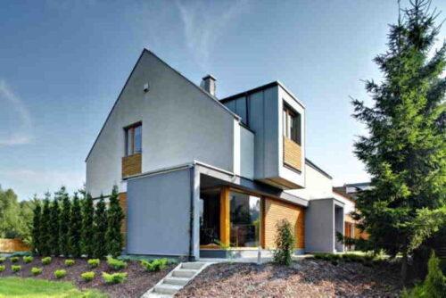 Les maisons modulaires en bois - comment sont-elles fabriquées ? Voici comment construire une maison en trois mois.