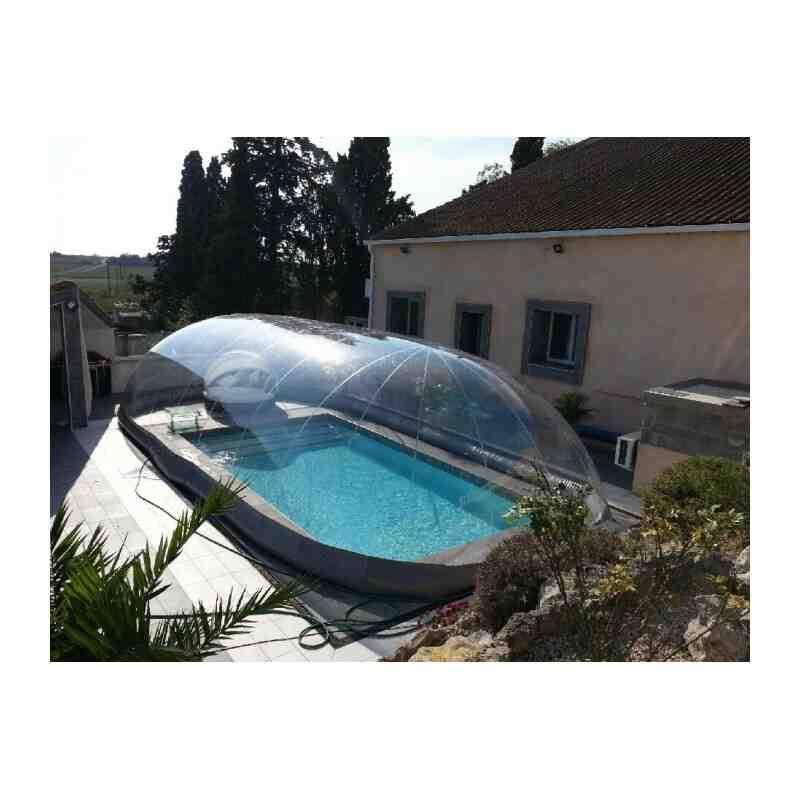 Abri de piscine gonflable
