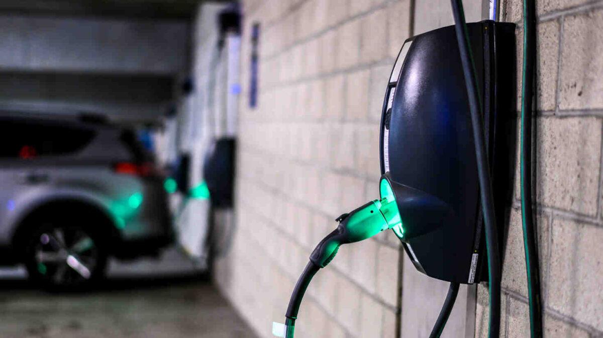 Est-ce payant de recharger une voiture électrique ? Devis et coût pour votre installation